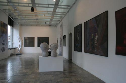 Galeria XX1, Po drugiej stronie cienia